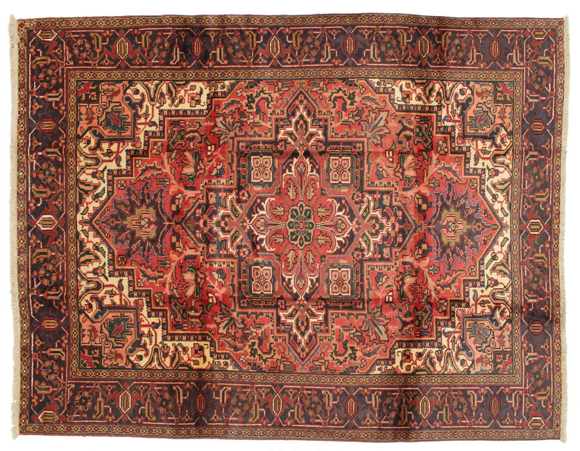 Heriz carpet 328x252
