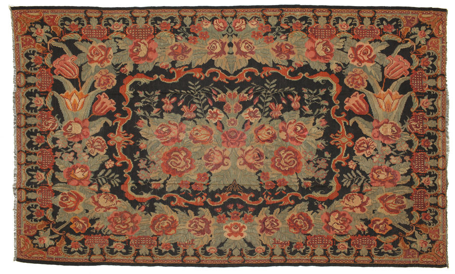 Rose Kilim carpet 351x213